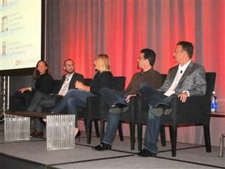 panel at the CMSWire DX Summit in Chicago including Lisa Beaudoin, James Goldman, Kim Clifford, David Aronson and Fred Faulkner