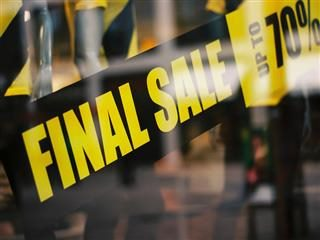 final sale signs in a window