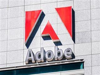 Le siège d'Adobe à San Jose, en Californie. La signalisation Adobe se trouve à l'avant du bâtiment.