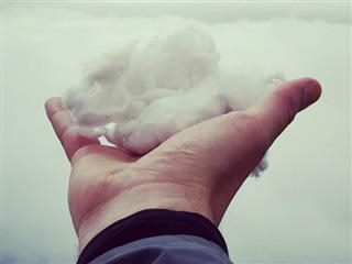 cloud in hand, cloud in sky