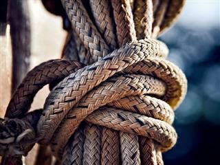 knot in the rope