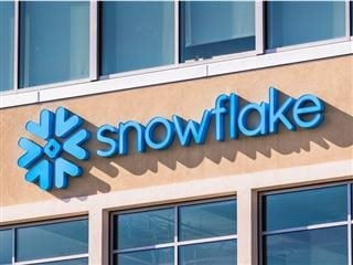 Snowflake symbol and logo at the company corporate headquarters in San Mateo, Calif. Snowflake Inc. is a cloud-based data-warehousing company,