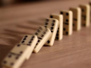 tumbling dominos