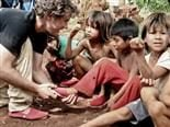 Toms Builds Mobile Success by Aiming at Top Customers