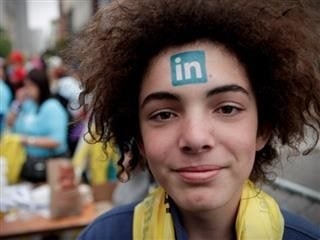 Should You Use LinkedIn to Build a Network or an Audience
